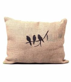 Almohadones Vintage Estampados Arpillera 30x30 Cushions To Make, Printed Cushions, Throw Cushions, Cushion Covers, Pillow Covers, Burlap Crafts, Burlap Pillows, Fabric Painting, Pillow Design