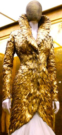 ~Alexander McQueen - Savage Beauty | House of Beccaria~