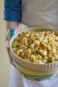 Bread Stuffing Recipe Baked to Perfection Basic Bread Stuffing - Turkey or Chicken Stuffing RecipeBasic Bread Stuffing - Turkey or Chicken Stuffing Recipe Bread Stuffing For Turkey, Crockpot Stuffing, Homemade Stuffing, Chicken Stuffing, Stuffing Mix, Baked Stuffing, Stuffing Muffins, Herb Stuffing, Recipes