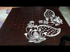 simple and easy to 3 dots. Rangoli Designs Peacock, Simple Rangoli Designs Images, Rangoli Border Designs, Rangoli Patterns, Rangoli Ideas, Rangoli Designs Diwali, Rangoli Designs With Dots, Rangoli With Dots, Beautiful Rangoli Designs