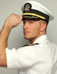 Hey there mister Sailor! Didn't I see you this past week during Fleet week...... #HunkDay #SaluteToTheTroops #I♥NYC