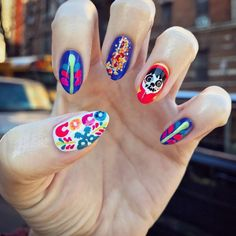 Channel Your Inner Coco With This Disney Nail Art - hair sytle Simple Nail Art Designs, Nail Designs Spring, Toe Nail Designs, Acrylic Nail Designs, Acrylic Nails, Nail Art Diy, Easy Nail Art, Coco Nails, Manicure