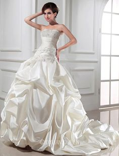 Classical Ball Gown Beading Strapless Sleeveless Chapel Train Satin Wedding Dress with Applique