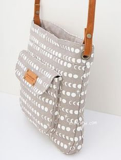 1317 Jeannie Bag PDF Pattern - New Release Sale! 50% Off! - ithinksew.com