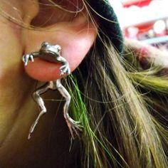 Frog earring