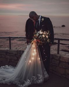 30 Must Have Wedding Images ❤ wedding images evening wedding photo near see willowandwine Night Wedding Photos, Wedding Picture Poses, Wedding Night, Wedding Images, Wedding Pics, Summer Wedding, Wedding Styles, Wedding Ceremony, Dream Wedding