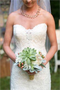 succulent bridal bouquet @weddingchicks