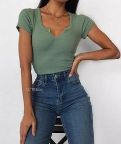 Find the best outfits for your summer look. Outfits 2019 Outfits casual Outfits for moms Outfits for school Outfits for teen girls Outfits for work Outfits with hats Outfits women Simple Outfits For School, Cute Casual Outfits, Winter Outfits, Everyday Outfits Simple, Preppy Casual, Simple Summer Outfits, Hijab Casual, Summer Ideas, Summer Clothes