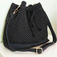 11-Bag a sacco nera