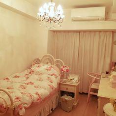 zaurusさんの、ホワイトインテリア,ローラアシュレイ,姫部屋,部屋全体,のお部屋写真