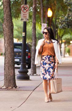 cute & little | petite fashion blog | gap bronze ochre cardigan, j.crew antique floral skirt, flower statement necklace, white blazer | spring outfit