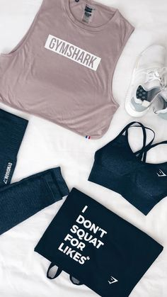 I don't squat for likes. Workout outfit inspiration from @chloethx.fit, featuring exclusive products from the Gymshark Paris Pop-Up Store.