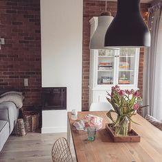 """331 Beğenme, 12 Yorum - Instagram'da Lovingit.pl (@lovingitpl): """"Uwielbiam kwiaty❤❤❤Jakie lubicie najbardziej? #fireplace #witryna #interiors #interiors123…"""""""