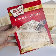 How to make box mix taste homemade in 5 easy steps. Box mix is a quick an easy baking solution and these 5 tips will make it taste like homemade! Cake Mix Recipes, Dessert Recipes, Wasc Cake Recipe Variations, Frosting Recipes, Bread Recipes, Lemon Cream Cheese Frosting, White Cake Mixes, Best White Cake Mix Recipe, Box Cake Mix