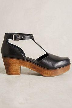 Kelsi Dagger Casablanca Clogs - anthropologie.com #ClogsShoes
