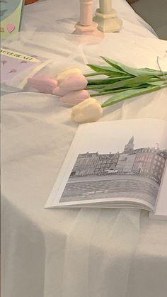 Soft Wallpaper, Aesthetic Pastel Wallpaper, Aesthetic Wallpapers, Wallpaper Backgrounds, Flower Aesthetic, White Aesthetic, Aesthetic Art, Aesthetic Pictures, Aesthetic Lockscreens