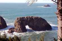 Arch Rock is a beautiful bookend for a 4-mile round-trip hike on the Oregon Coast Trail north of Brookings