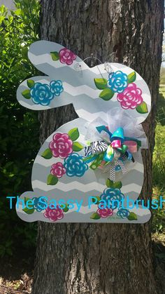 Check out this item in my Etsy shop https://www.etsy.com/listing/267915108/chevron-and-floral-easter-bunny-door
