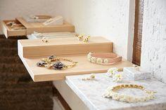 LOCATION: Madrid, SpainTYPE:Jewelry workshop & Store CLIENT:Andrés GallardoSCOPE:Concept Design, Detail Design, Interior Design, Furniture Design, Lighting Design,Styling.  DESCRIPTION:A set of modular shelves and drawers made of diff…