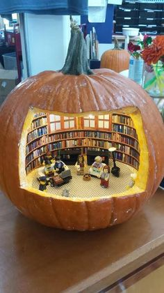 """butyoudontlooklikealibrarian: """" iworkatapubliclibrary: """" Happy Halloween from the Truro Public Library in Truro, Massachusetts! """" *Slow clap coupled with seriously impressed nodding for the folks at the Truro Public Library* """" Feliz Halloween, Halloween Crafts, Happy Halloween, Halloween Decorations, Halloween Diorama, Autumn Decorations, Vintage Halloween, Diy Pour Enfants, Vestibular"""