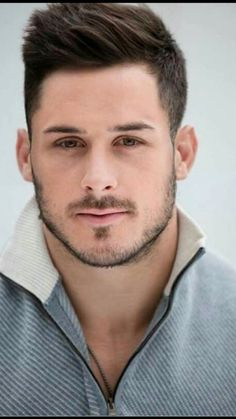 "Behind the Brush: ""The Scene"" Magazine Shoot with Danny Amendola of the New England Patriots — Maryelle Artistry Danny Amendola, Nfl Football Players, Football Boys, Football Names, Moustache, New England Patriots Football, Scruffy Men, Julian Edelman, Handsome Faces"