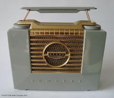 ADMIRAL Plastic Portable Tuberadio (USA ca.1953) by MarkAmsterdam, via Flickr