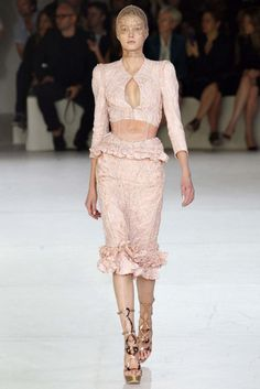 Alexander McQueen Spring/Summer 2012 gallery - Vogue Australia