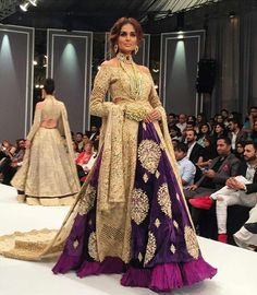 Mehreen Syed wearing Bridal by Shehla Chatoor at PFW 2016 Ethnic Outfits, Indian Outfits, Indian Gowns, Indian Wear, Sangeet Outfit, Desi Clothes, Asian Clothes, Sari Dress, Designs For Dresses