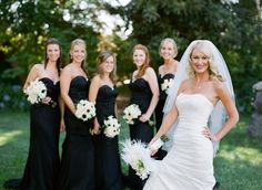 I want a black and white wedding