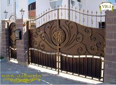by/… - Modern Wrought Iron Driveway Gates, Front Gates, Entrance Gates, House Main Gates Design, Door Gate Design, Wrought Iron Gate Designs, Metal Garage Doors, Grill Gate, Steel Gate Design
