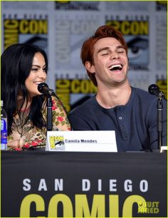 The Cast of 'Riverdale' Shares a First Look at Season 2 - Watch Now! Riverdale Archie And Veronica, San Diego, Cami Mendes, Riverdale Characters, Betty And Jughead, Riverdale Cast, Veronica Roth, Betty Cooper, Famous Couples