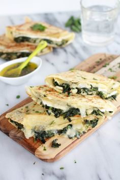 Spinach-Artichoke-and-Brie-Crepes-with-Sweet-Honey-Sauce-1