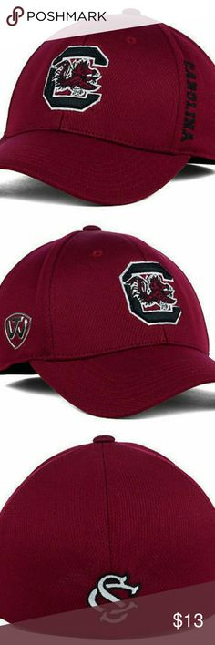 "South Carolina Gamecocks NCAA TOW Hat South Carolina Gamecocks NCAA TOW ""Booster"" Memory Fitted Hat   Top of the World ""Booster"" Hat  Memory Fit Stretch Fitted  Size   L/XL Top of the World Accessories Hats"