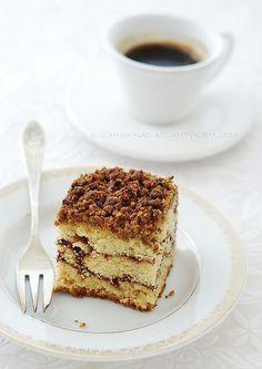 Cinnamon streusel coffee cake by Agnieszka Hermann, via Flickr