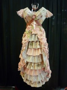 Stunning, can't believe it is made from paper.THIS COULD LOOK LIKE A FUN Challenge to make a paper dress.didn't we have paper clothes in the early Paper Clothes, Doll Clothes, Paper Dresses, Diy Paper, Paper Art, Paper Crafts, Dress Card, Dress Up, Dress Pants