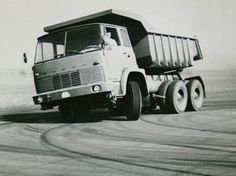 Car Brands, Vintage Trucks, Techno, Eastern Europe, Cars, Coaches, Buses, Vehicles, Motorcycles