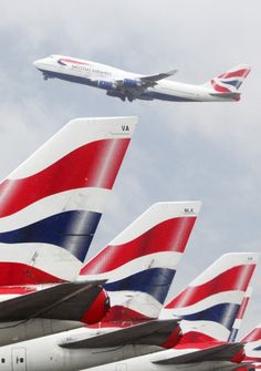British Airways is the most searched for airline on our website Boeing 747 400, Boeing Aircraft, British Airways 747, British Airline, Pilot, Airline Logo, Jumbo Jet, Air Tickets, Travel Logo