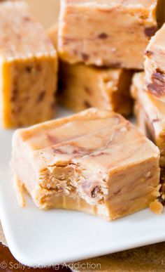 The creamiest, smoothest, peanut butteriest, BEST fudge ever! Only 4 ingredients and no candy thermometer or stove are required. @sallybakeb...