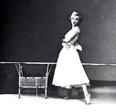 ♡ Rare shot of Marilyn by Milton Greene, 'The Ballerina Sitting' ❤️ _ { #MarilynMonroe #NormaJeane #NormaJeaneBaker #MM #Monroe #Marilynettes #Manroes #miltongreene #classicmovies #oldhollywood #classichollywood #silverscreen #50s #1950s #vintage }