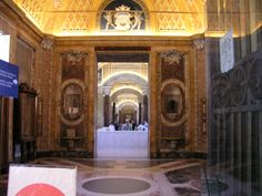 ITALY-ROME 061004-Vatican