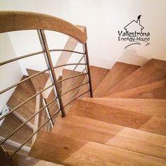 Vallestrona Energy House realizzazione scale in legno