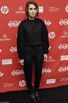 The 28-year-old actress made a bold statement in a thick black sweater with very innovatively designed sleeves and high waisted pants