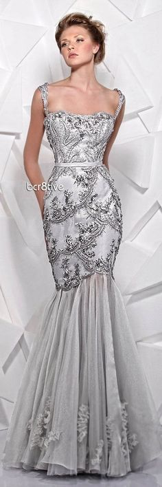 Tony Ward Spring Summer 2012  This gorgeous gown is Stunning and so elegant, all eyes will be on you when you make your grand entrance..K♥