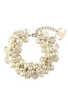 Chanel Pearl Torsade Bracelet ( *-* )