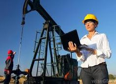 Petroleum Engineer Job Description What Does A Petroleum Engineer Do? (with  Pictures)