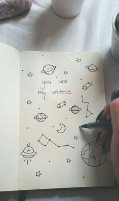 Stunningly Easy Bullet Journal Doodles You Can Totally Recreate Bullet Journal Ideas Pages, Bullet Journal Inspiration, Bullet Journals, Doodle Drawings, Easy Drawings, Alien Drawings, Space Drawings, Tumblr Drawings Easy, Lyric Drawings