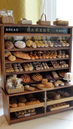 Miniatures -- Miniature bakery display - by Kimsminibakery on Etsy Minis, Bread Display, Shelf Display, Display Case, Display Ideas, Bakery Shop Design, Bakery Interior, Bread Shop, French Bakery