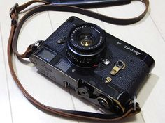 Leica M2 with Original Leicavit MP