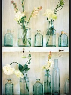 8 Energetic Tips: Vases Arrangements Wedding wooden vases shabby chic.Vases Ideas How To Make metal vases bouquets.Vases Ideas How To Make. Vintage Bottles, Bottles And Jars, Glass Jars, Antique Bottles, Apothecary Bottles, Mason Jars, Reuse Bottles, Antique Glass, Vintage Glassware