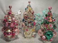 Ms Bingles Vintage Christmas: The 2010 Bottle Brush Christmas Trees are Here!